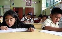 Imagen de Escolares de todas las regiones del país mejoran en comprensión lectora y matemática